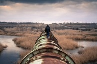 pipeline_person-731319_1920_pixabay